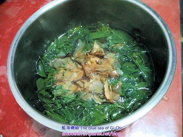 部落美食-山柚(山柑仔)葉柴魚湯