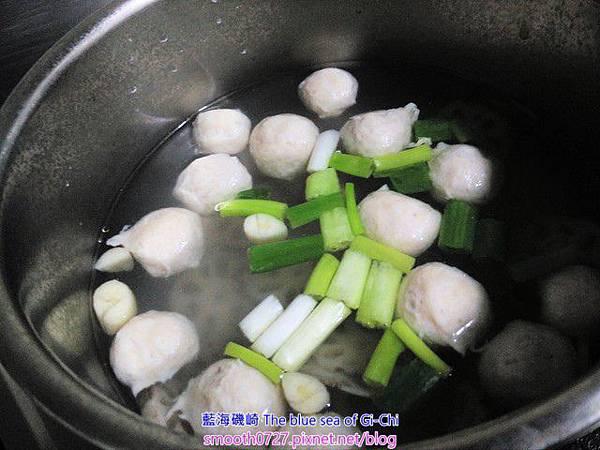 蓮藕旗魚丸湯