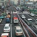 新宿南口街景
