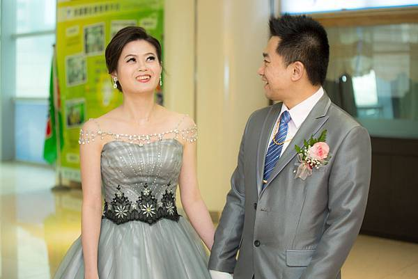 結婚01-0304.jpg