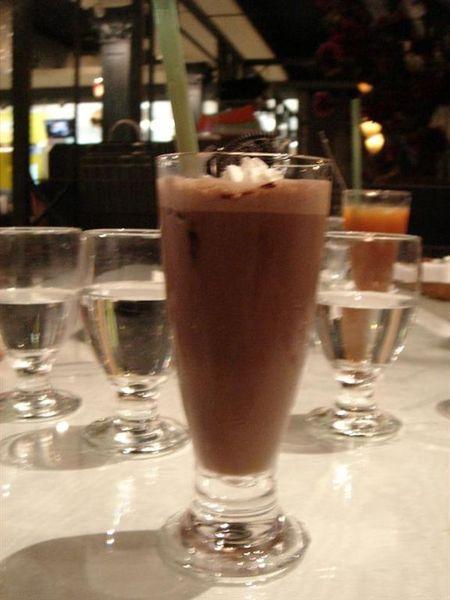 巧克力奶昔.jpg