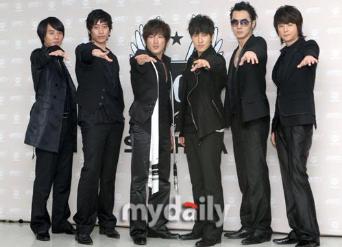 Shinhwa386.jpg