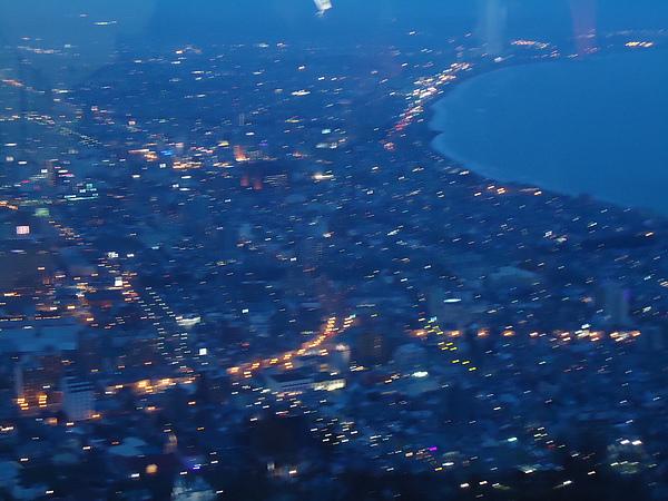 俯瞰夜景‧函館山