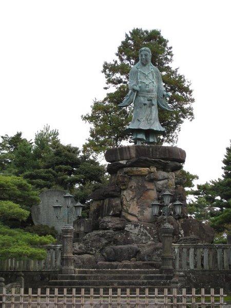 明治紀念碑