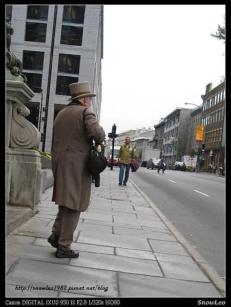 很有外國人FU~~~高帽子像英國人