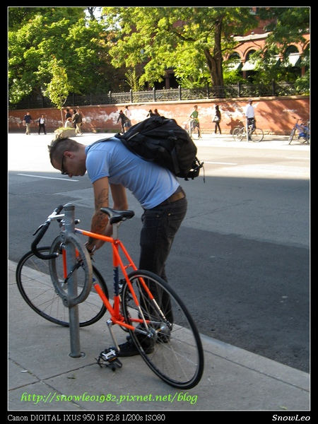 多倫多自行車停車