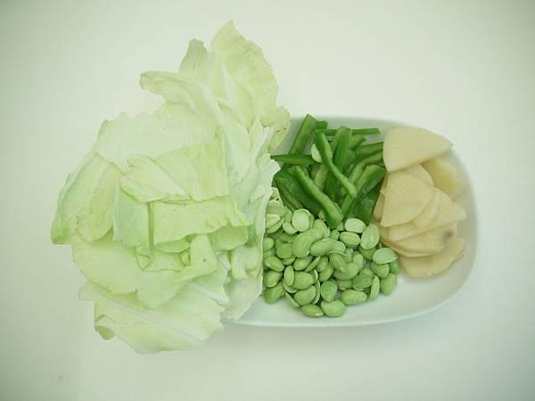 馬鈴薯毛豆高麗菜「青椒」豬肉米泥