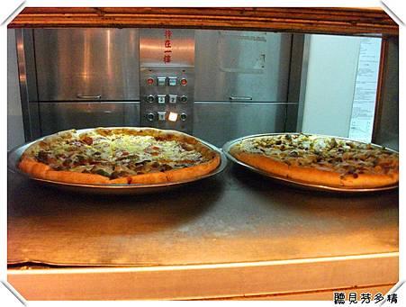 剛出爐Pizza