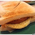 餐肉蛋三文治