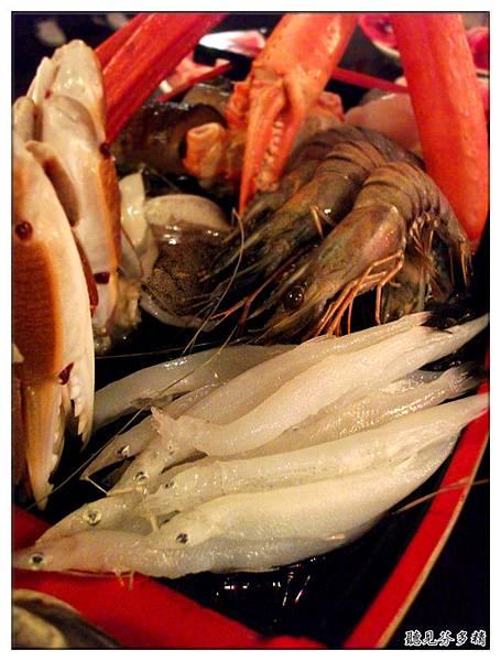 水晶魚和蝦