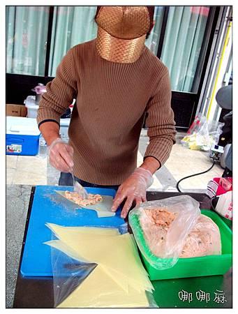 製作海鮮餅
