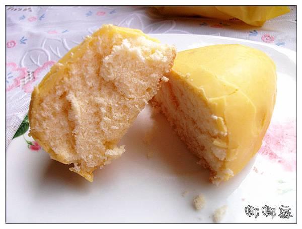 檸檬蛋糕切開
