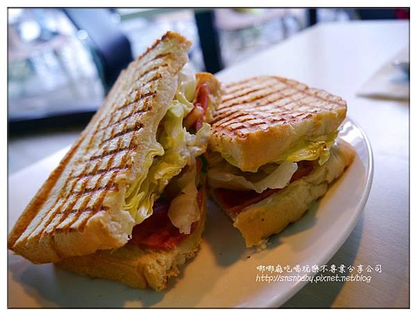 火腿起司法式三明治