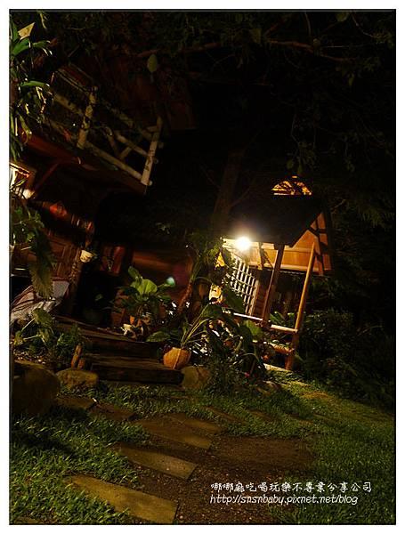 小木屋夜景直