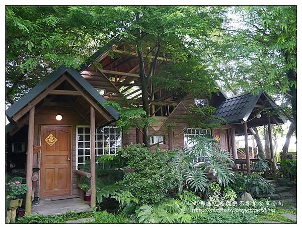 整修中小木屋