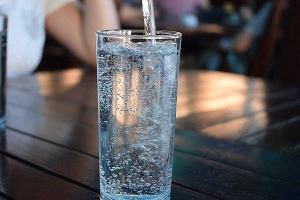 bottle-2582012_640.jpg