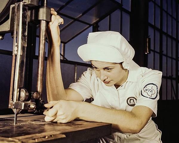 factory-1386216_640.jpg