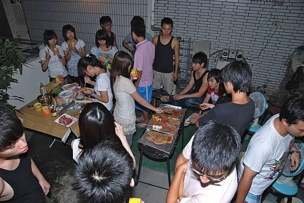 2010三D中秋烤肉 8.jpg