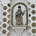 教堂4:牆壁上雕像
