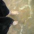冰冰涼涼海水洗腳ㄚ~♡
