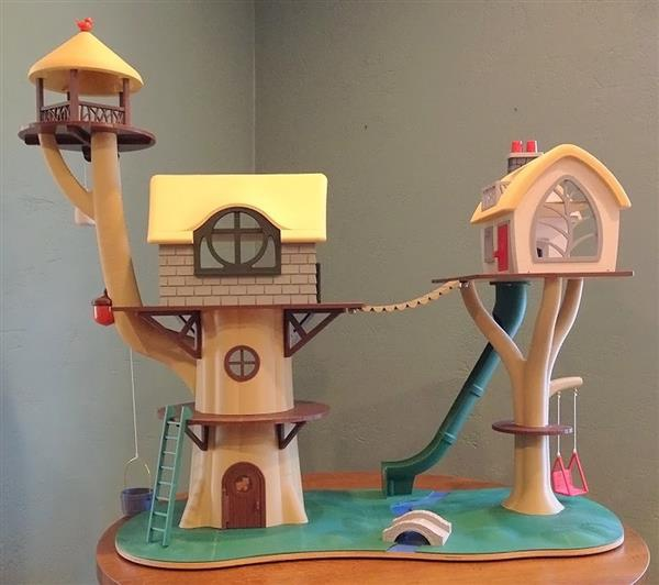 the-best-treehouse-youve-ever-seen-entirely-3D-printed-by-two-grandparents-1.jpg