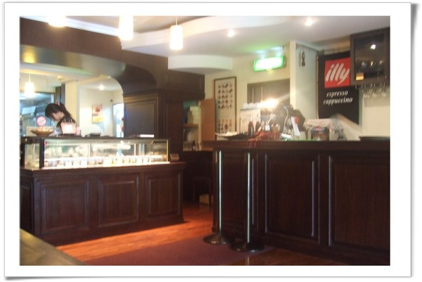 20080628 MAYU-咖啡吧台及點心櫃.jpg