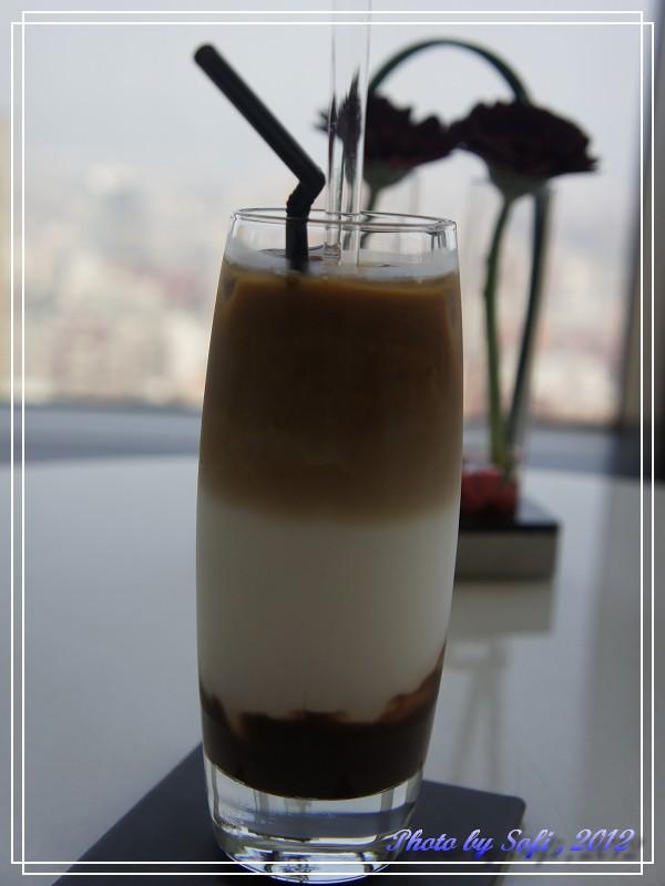 20120305 [台北] 遠東飯店39F馬可波羅酒廊-冰摩卡