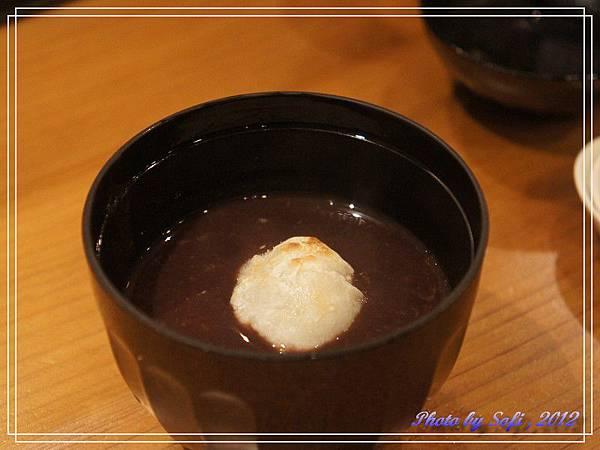 20121110 [台北] 高玉- 麻糬紅豆湯