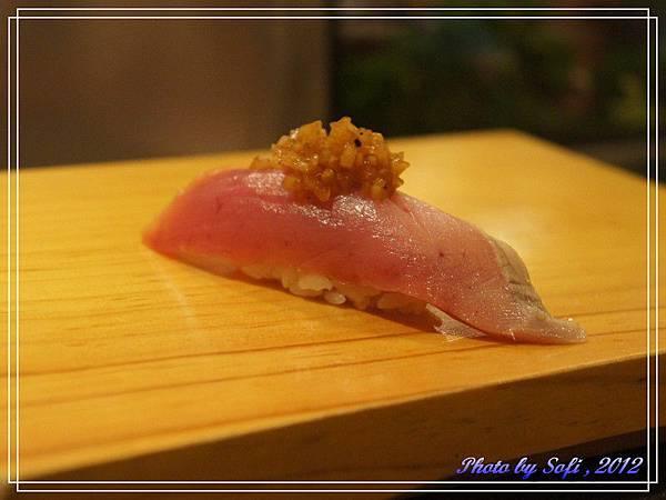 20121110 [台北] 高玉- 鰹魚漬洋蔥握壽司