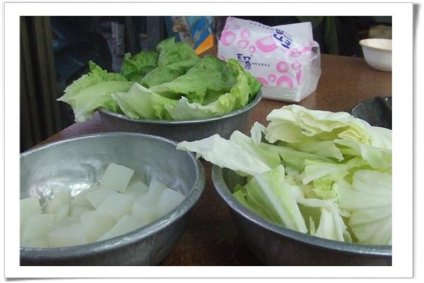 20090128 [彰化] 阿枝羊肉店-菜盤.jpg