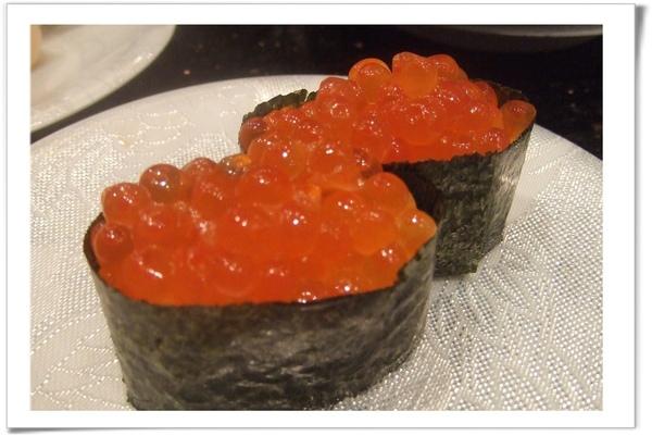 20090627 [台北] 玄海壽司居酒屋- 鮭魚卵軍艦.jpg