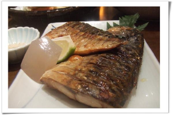 20100116 [新竹] 十六區-鹽烤鯖魚.jpg