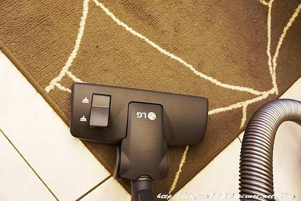 DSC09161吸地毯.jpg