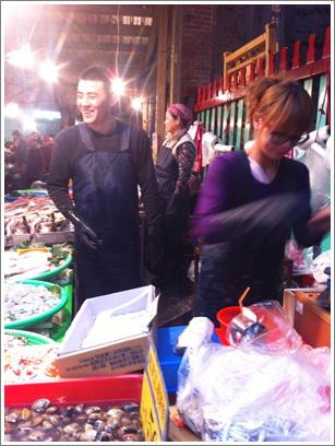 賣魚辣妹.jpg