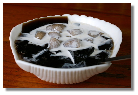 東海豆子的芋圓仙草凍