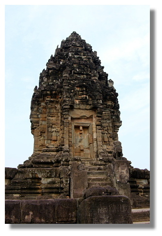 巴孔廟的中央塔廟
