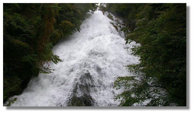 奧日光湯瀧瀑布