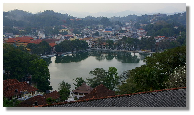 Kandy Lake(坎迪湖)