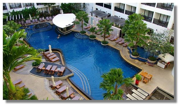 普吉島Patong Mercure飯店游泳池