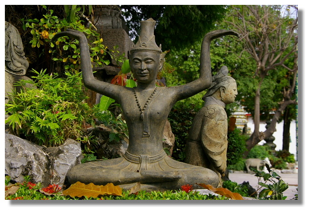 曼谷臥佛寺內按摩塑像