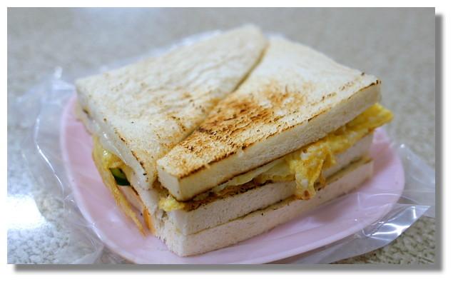 高雄鹽埕大ㄎㄡ胖碳烤三明治