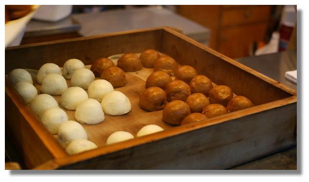 江之島名物:女夫饅頭