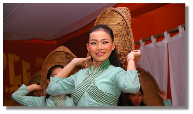 柬埔寨歌舞表演