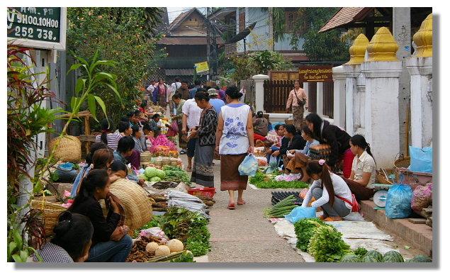 寮國龍坡邦早晨市場