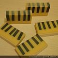 20110618 琴鍵皂