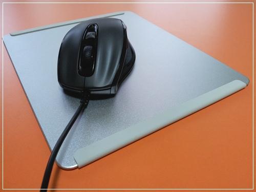 GIGABYTE-m6800滑鼠開箱文-P01.jpg
