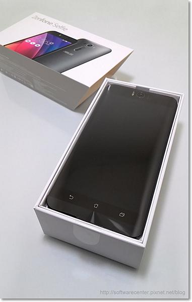 ASUS ZenFone Selfie神拍機開箱文-P02.png