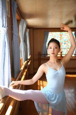 北韓(朝鮮)最美女兵 金玉姬05.jpg