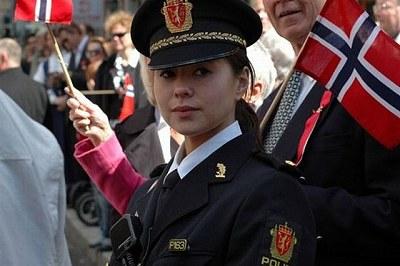 全球女警花 - 全球女警花魅力大PK19.jpg
