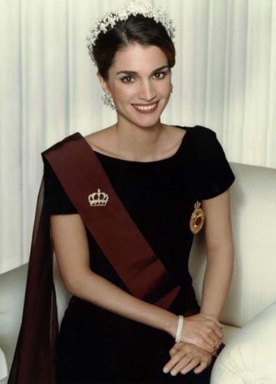 最美的王后拉尼婭01.jpg
